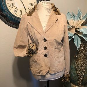 Dollhouse Suede jacket with faux fur accents